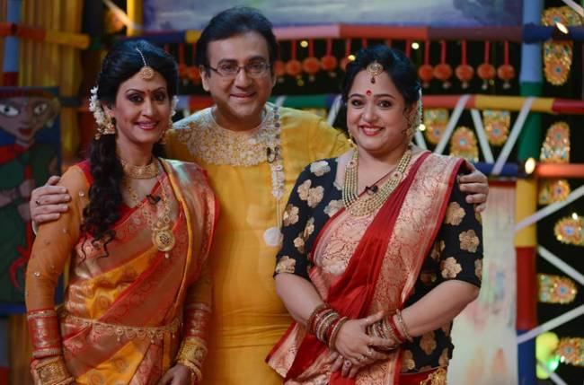 Celebs galore at Zee Bangla's Paribarer Bijoya Boithak