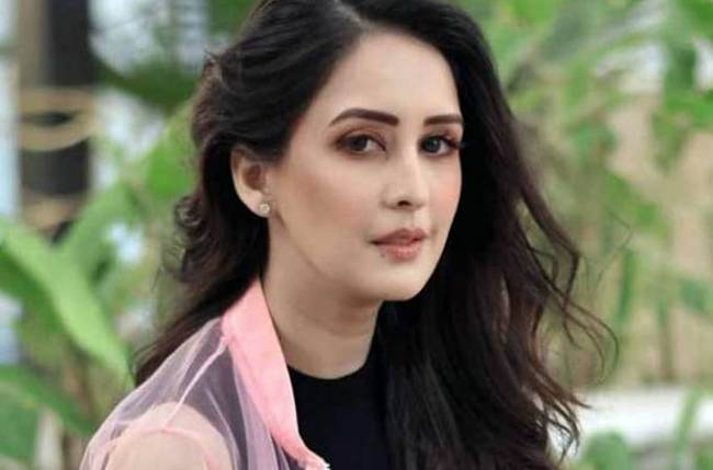 Chahatt Khanna SPEAKS about her experience with DOMESTIC VIOLENCE!