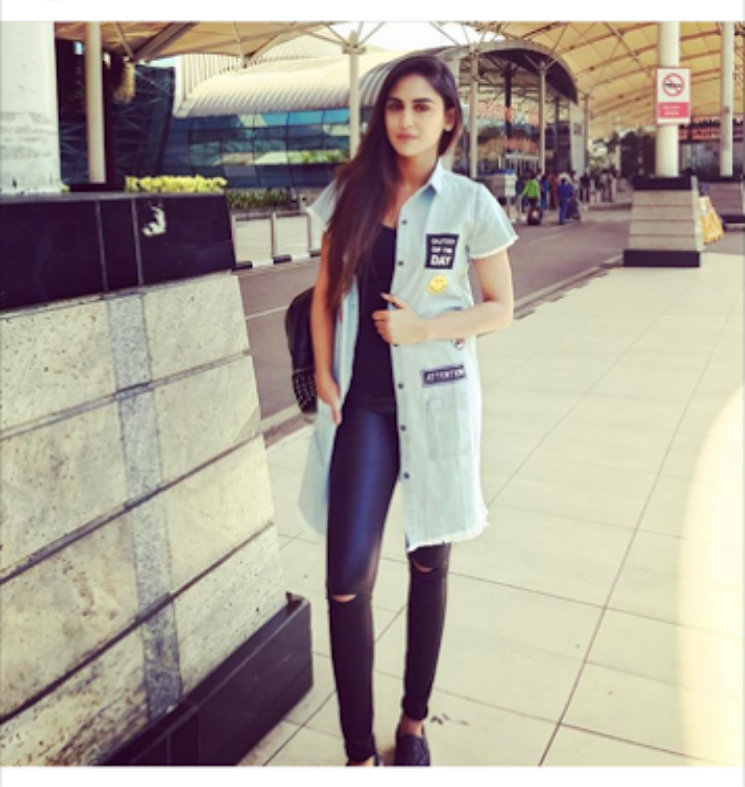 #Stylebuzz: Krystle D'Souza's 'Outfit Of The Day' Is The Dose Of Glamour You Need!