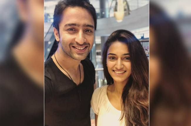 Erica Fernandes gears up for modern-day love story, whereas Shaheer Sheikh goes back in time with Dastaan-E-Mohabbat