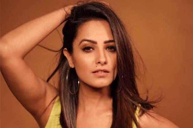 Must Check: Naagin 3 actress Anita Hassanandani looks pretty in green