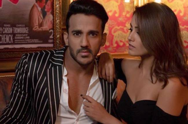 Must Watch: Nach Baliye 9's Anita Hassanandani shares a pre performance video of her with Rohit Reddy